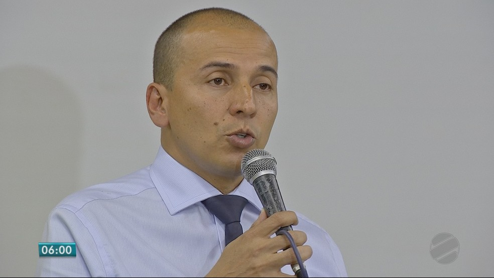 Procurador Mauro Lara (PSOL), candidato ao Senado (Foto: TVCA/ Reprodução)