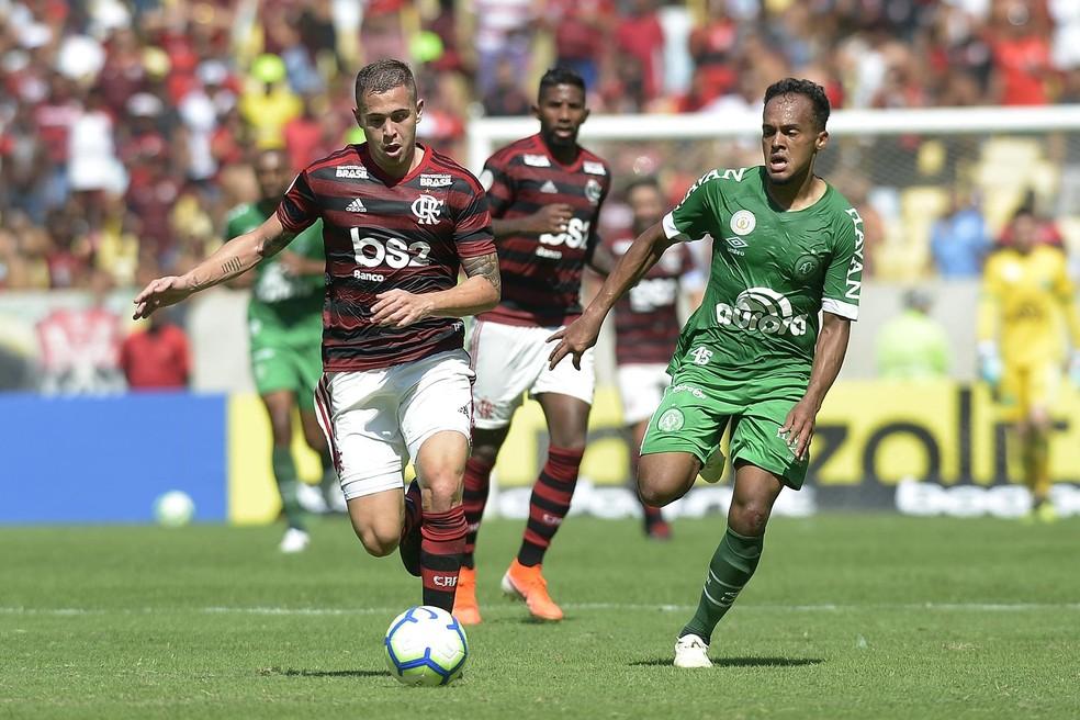 Piris da Motta teve boa atuação ao lado de Ronaldo — Foto: Dhavid Normando/Futura Press