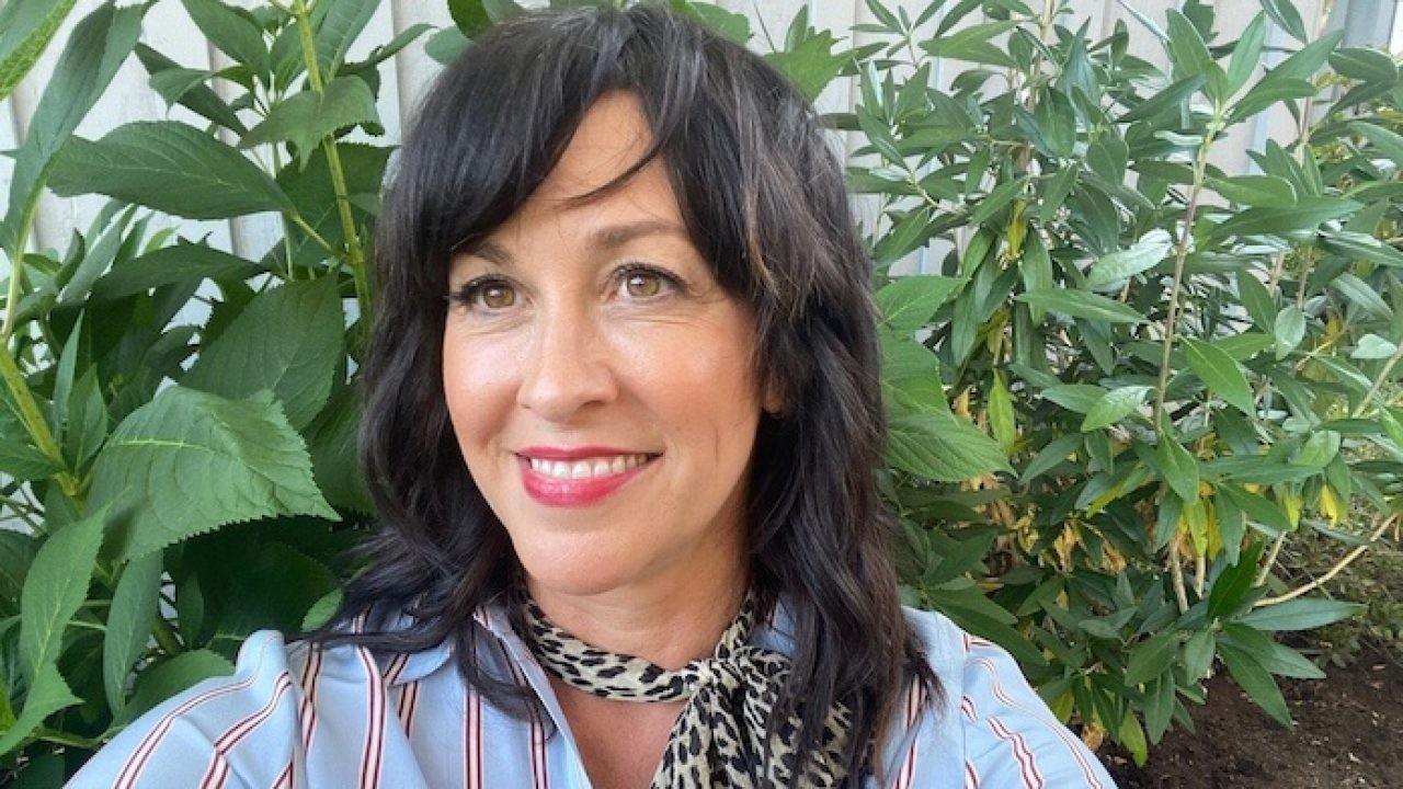 Alanis Morissette fala tudo: fama, meditação, raiva, família e 25 anos de 'Jagged Little Pill'