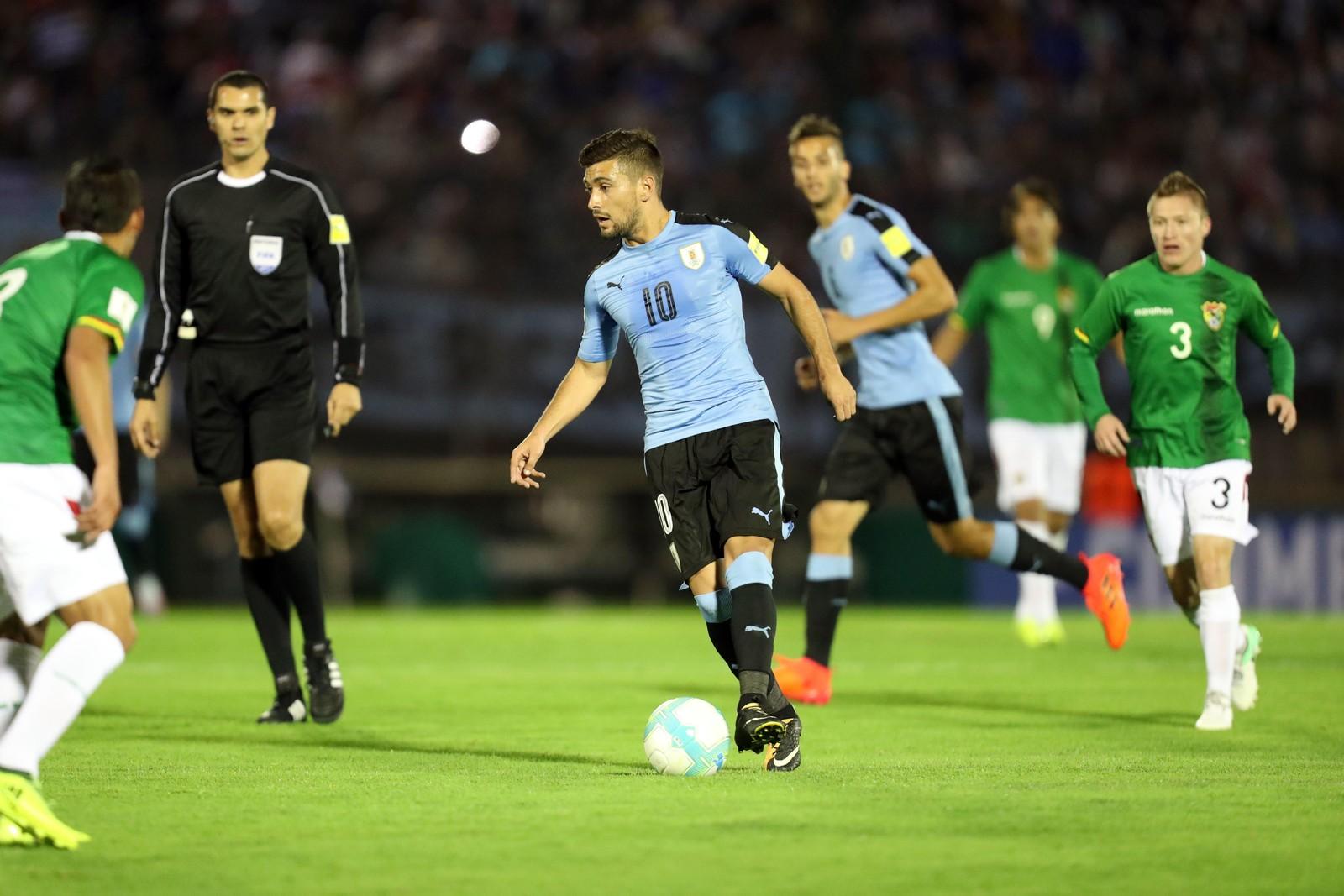 Titular contra a Bolívia, Arrascaeta é liberado e está fora de jogo com o Grêmio