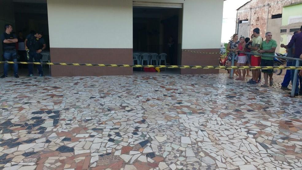 Homem foi atingido por disparo, correu e morreu dentro de igreja em Rio Branco  (Foto: Arquivo pessoal)