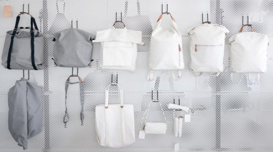 c71a7466ca Empresa cria bolsas e mochilas feitas com fibras de banana - PEGN ...