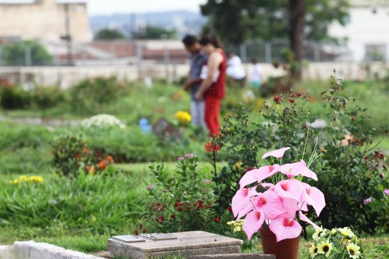 Finados 2021: confira cronograma e funcionamento de cemitérios em cidades do Triângulo e Alto Paranaíba