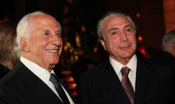 O advogado José Yunes e o presidente Michel Temer (Foto: Zanone Fraissat/Folhapress)