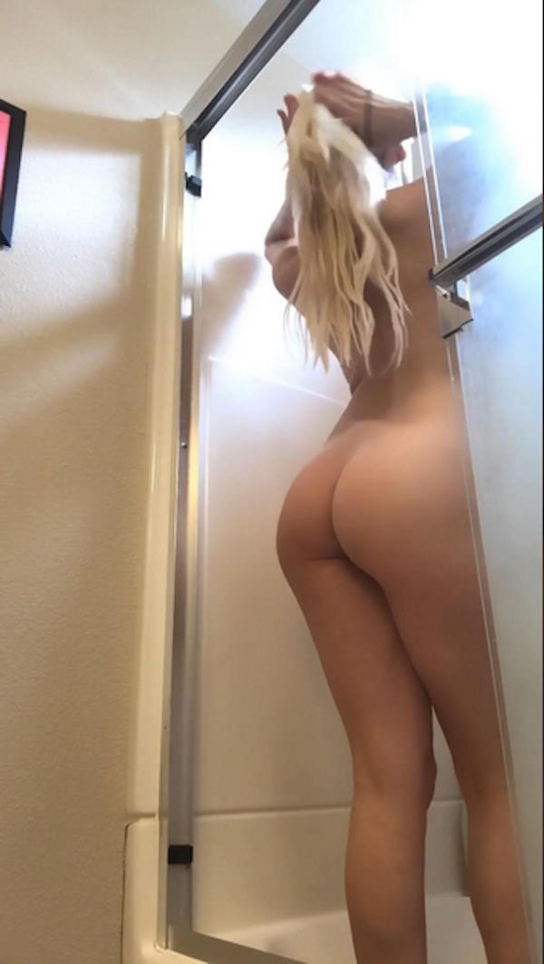 Uma cena do vídeo compartilhado pela atriz Courtney Stodden no qual ela aparece nua (Foto: Reprodução)