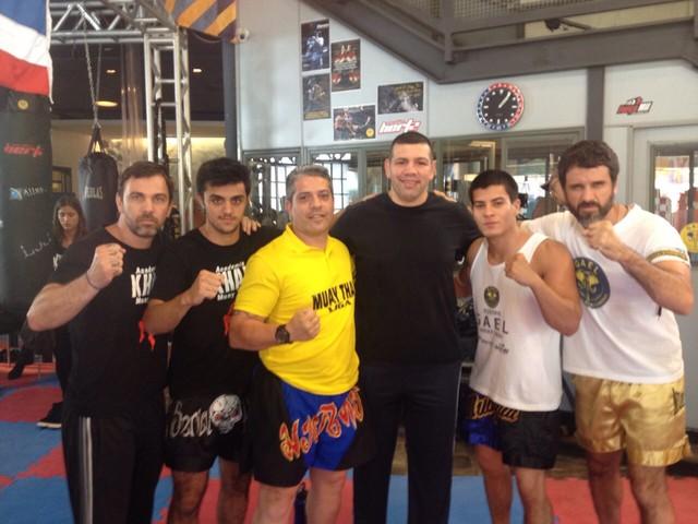 Árbitro de MMA ensina muay thai em Malhação e elogia o ator Felipe ...