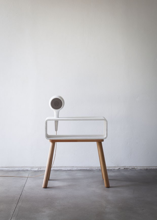 Miniestante <em>Echo</em>, design Claudio Larcher