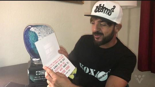 """Koxa comemora recorde mundial com Oscar do surfe: """"Sonho concretizado"""""""