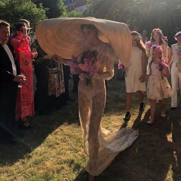 Emma Leth em seu casamento (Foto: Reprodução Instagram)