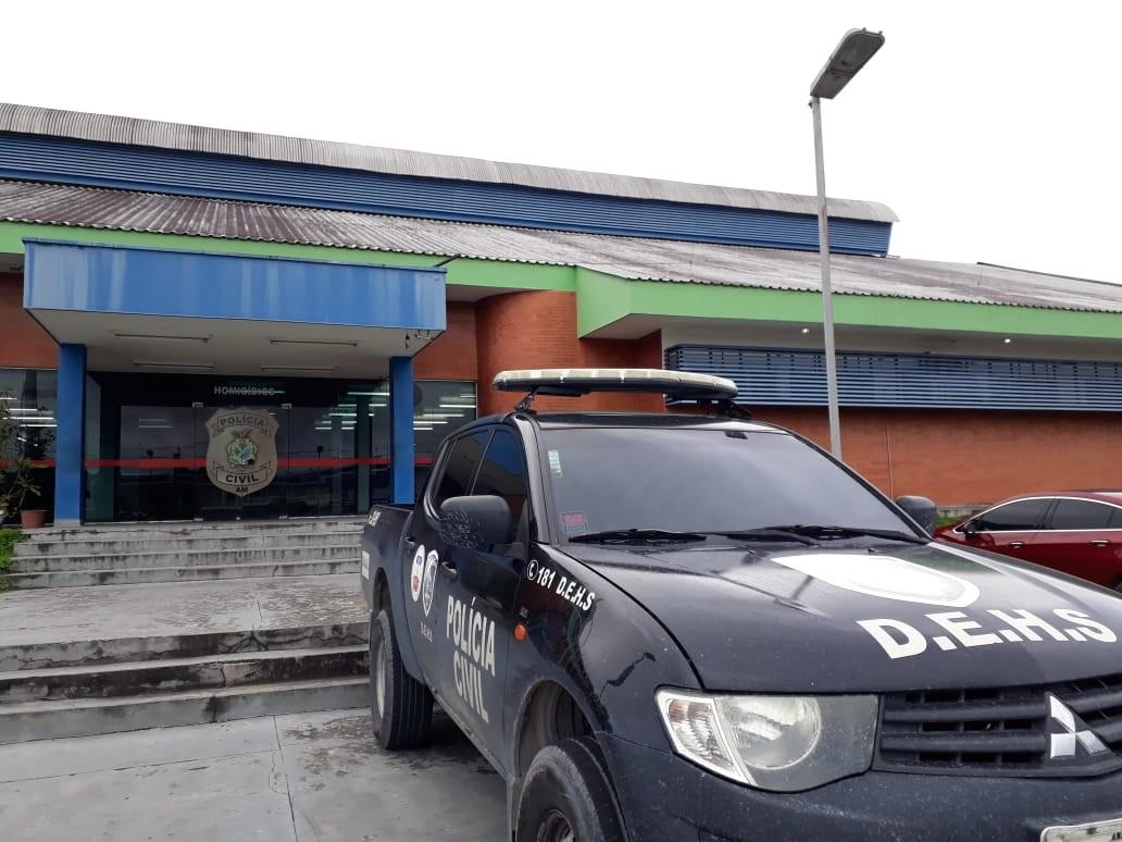 Cinco homens morrem e dois ficam feridos após tiroteio em comunidade na Zona Oeste de Manaus - Notícias - Plantão Diário