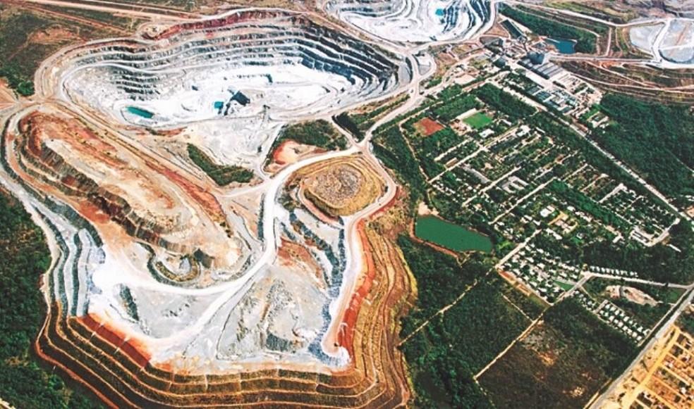 Extração de amianto da mineradora Sama em Minaçu (GO)  — Foto: Reprodução/Sama