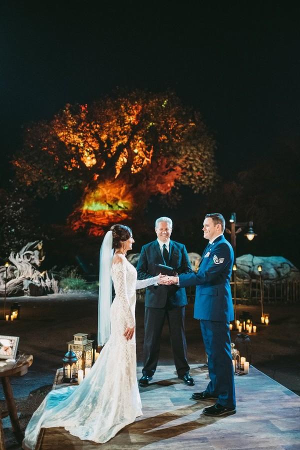 A grande árvore da vida dá a celebração o charme necessário  (Foto: Divulgação)