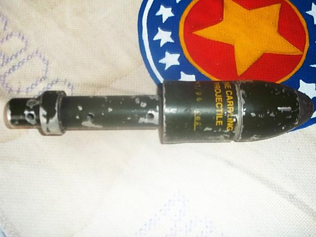 Artefato militar foi encontrado por morador de Bom Retiro do Sul, RS (Foto: Brigada Militar/ Divulgação)