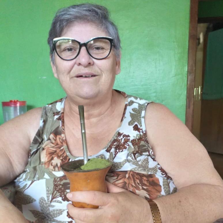 Mulher com Covid morre durante transferência de hospital no RS: 'Deixa a gente desolado', diz filha
