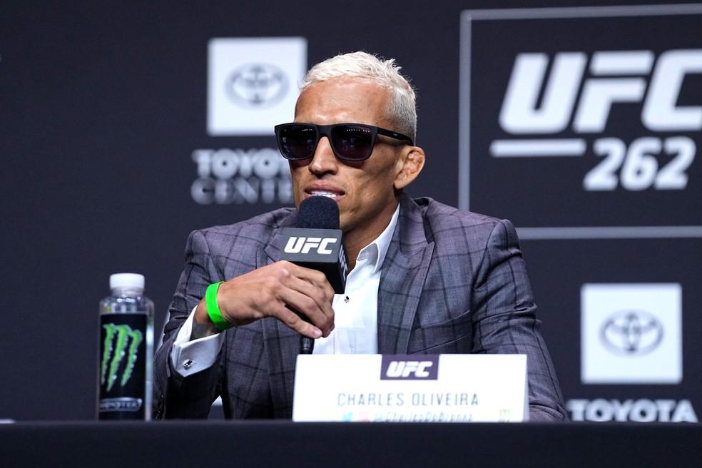 Charles do Bronx vem numa série de oito vitórias consecutivas no UFC — Foto: Josh Hedges/Zuffa LLC