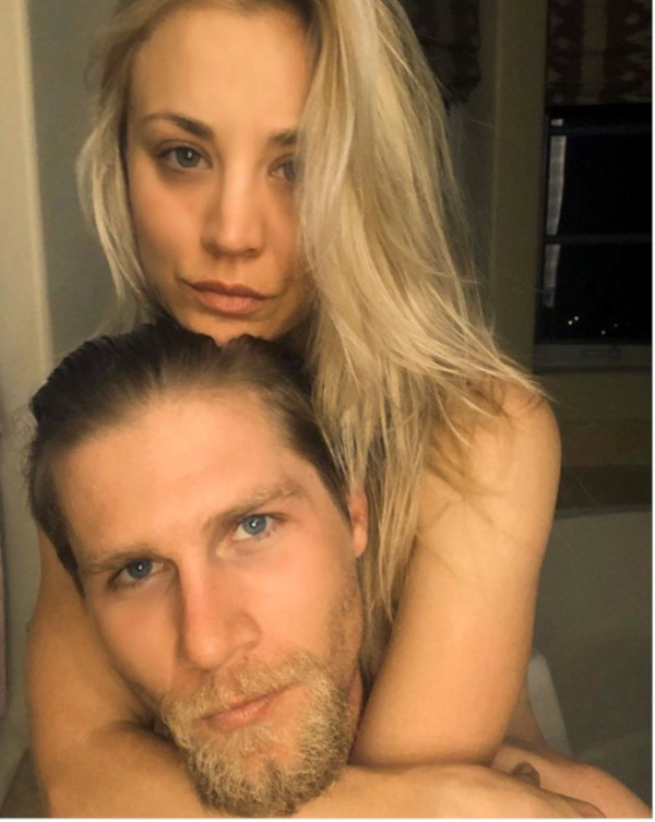 Kaley Cuoco e Karl Cook (Foto: Instagram)