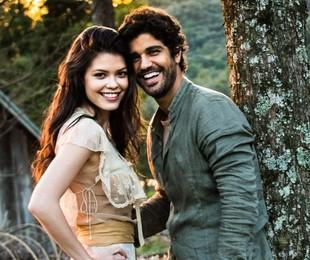 Vitória Strada e Bruno Cabrerizo, protagonistas de 'Tempo de amar' | João Miguel Júnior/ TV Globo