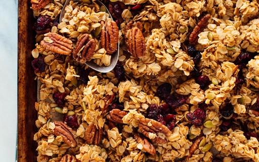 Granolas: confira os benefícios, os tipos mais comuns e receitas