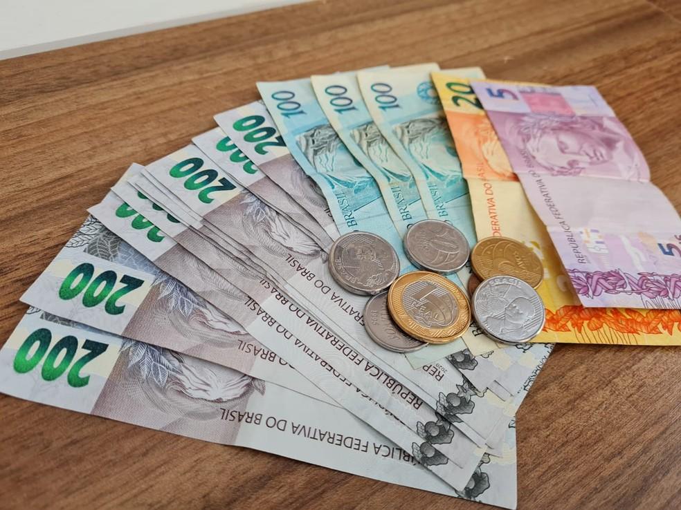 Serasa ajuda endividados a renegociar dívidas por até R$ 100 em 'feirão limpa nome' — Foto: Natalia Filippin/G1