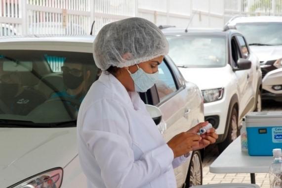 Natal abre drives para vacinação contra Covid-19 e gripe neste fim de semana; veja locais