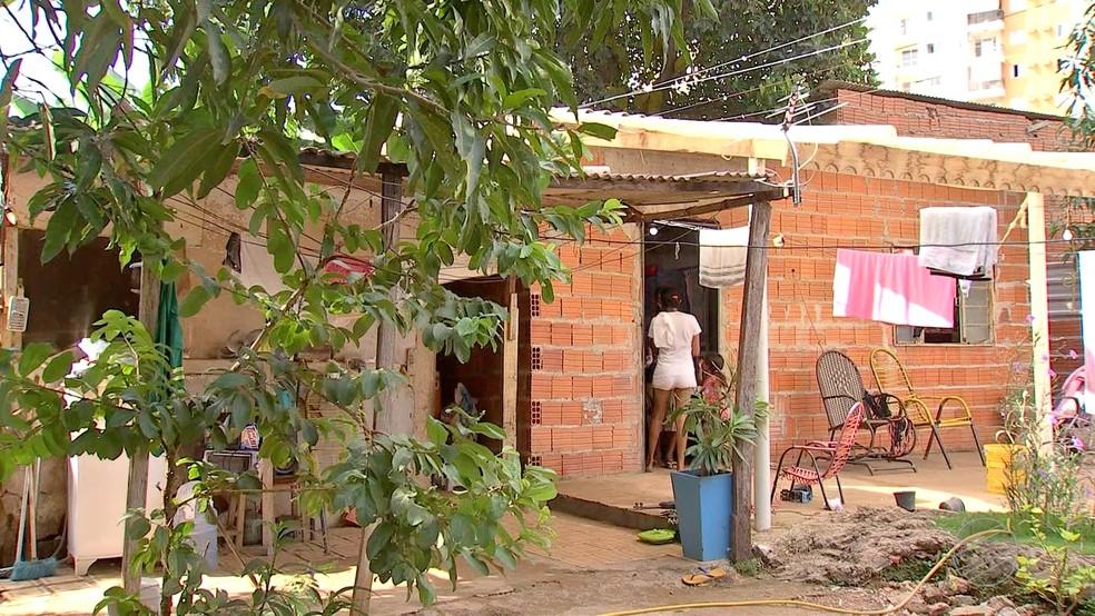 Mais de 17% da população de MT vive em situação de pobreza — Foto: TVCA/ Reprodução
