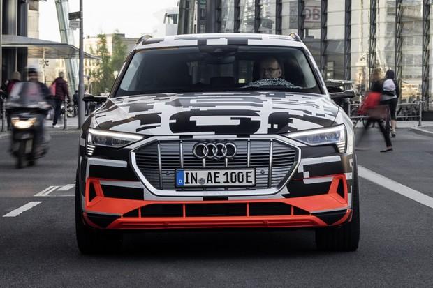 The Audi e-tron Prototype in Berlin (Foto: Divulgação)