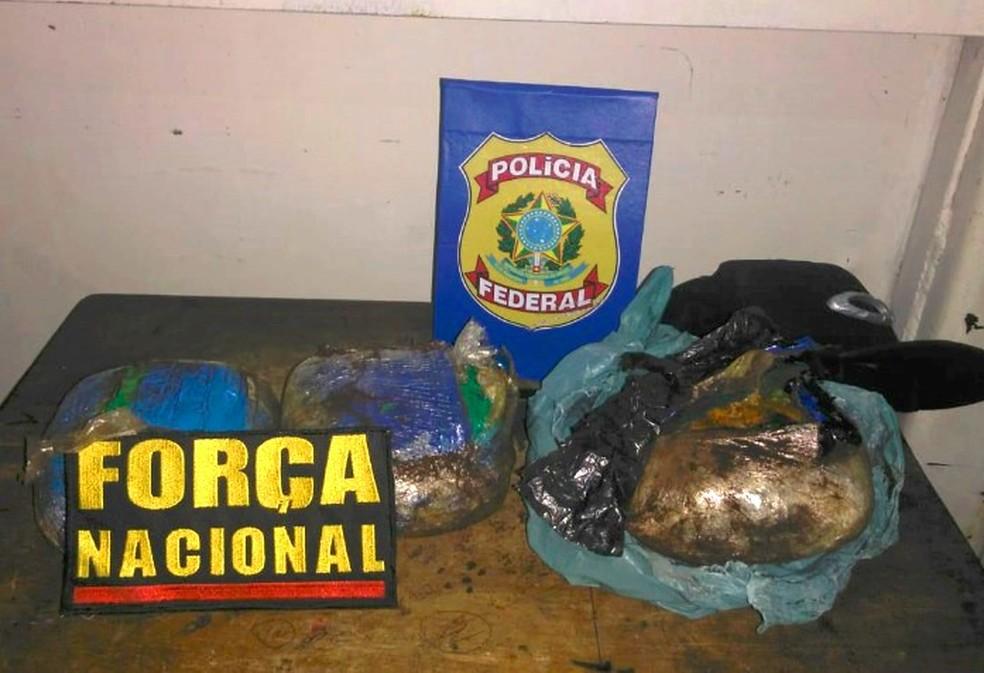 -  Droga apreendida durante fiscalização da PF e Força Nacional na noite de terça-feira  07   Foto: Divulgação/Polícia Federal