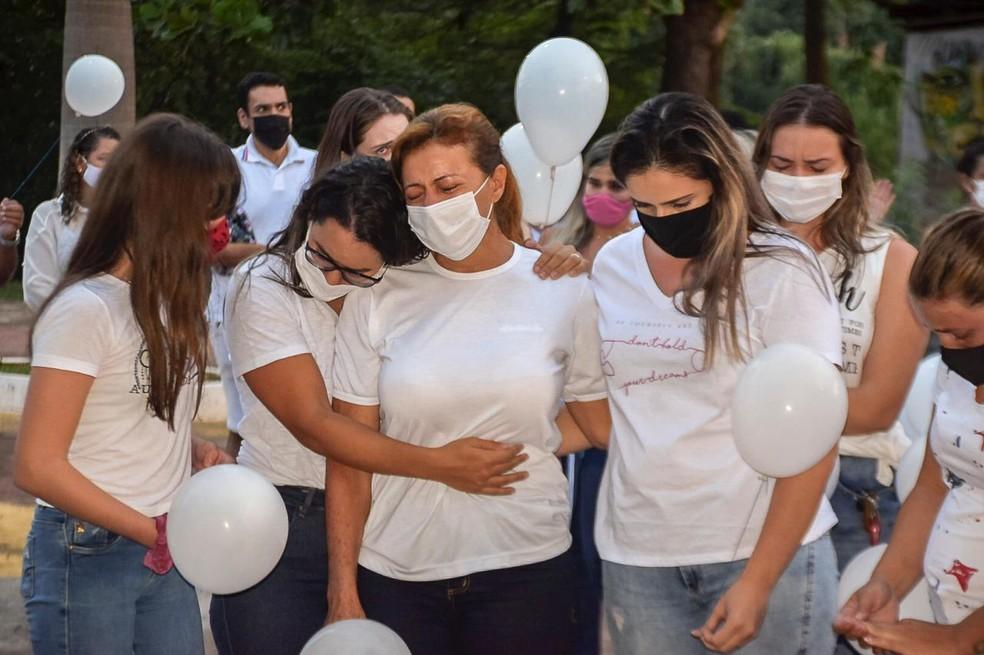 Grupo prestou homenagem ao médico nesse domingo (30) em Brasileia, no interior do Acre — Foto: Arquivo pessoal