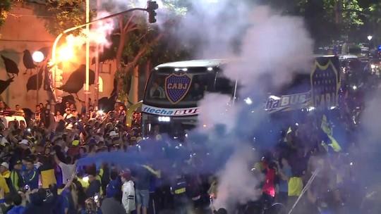 Boca Juniors viaja para final da Libertadores contra River em Madri com festa de torcedores