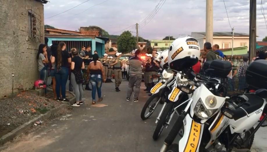 Ataque a tiros deixa jovem de 18 anos morto e três feridos em Santa Maria  - Notícias - Plantão Diário