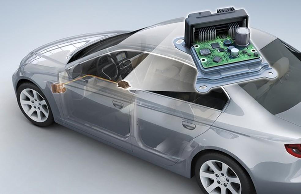 Os carros modernos contam com dezenas de módulos eletrônicos, que demandam diversos semicondutores — Foto: Auto Esporte