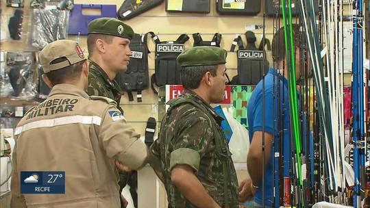Operação do Exército fiscaliza comércio de armas e munições em Pernambuco