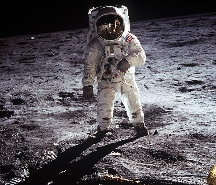 Missão Apollo 11 poderia ter trazido germes lunares para a Terra (Foto: Pexels)