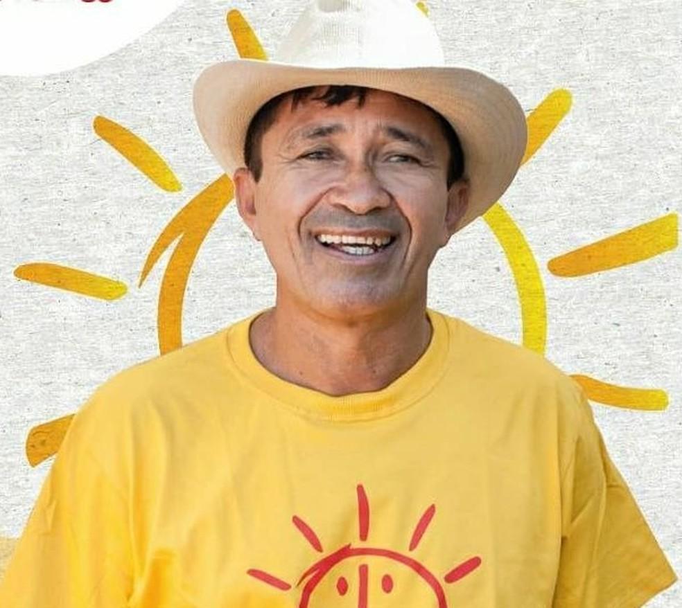 Armando Fraga da Silva, mais conhecido como Armando do Povão, de 54 anos, foi candidato a prefeito de Extremoz pelo Psol. Ele foi morto a tiros dentro de casa nesta segunda-feira (18) em Extremoz. — Foto: Reprodução