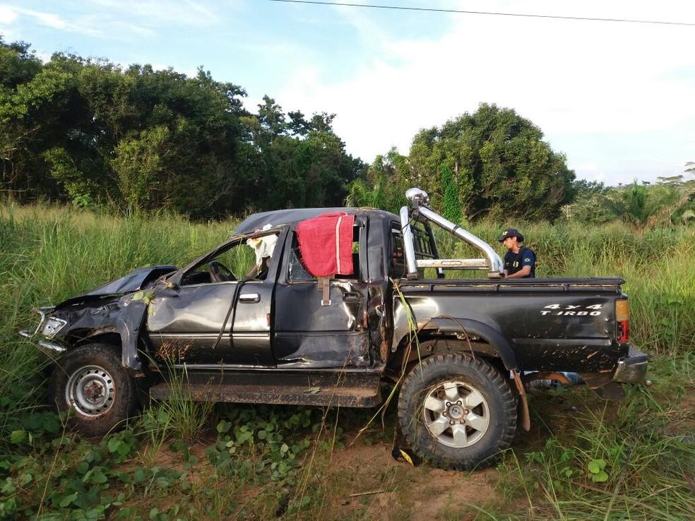 Acidente ocorreu nesta quarta-feira (7) (Foto: Divulgação/PRF-AC)