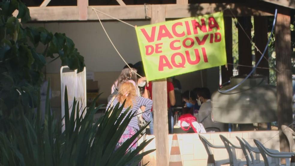 Vacina contra Covid-19 no DF — Foto: TV Globo / Reprodução