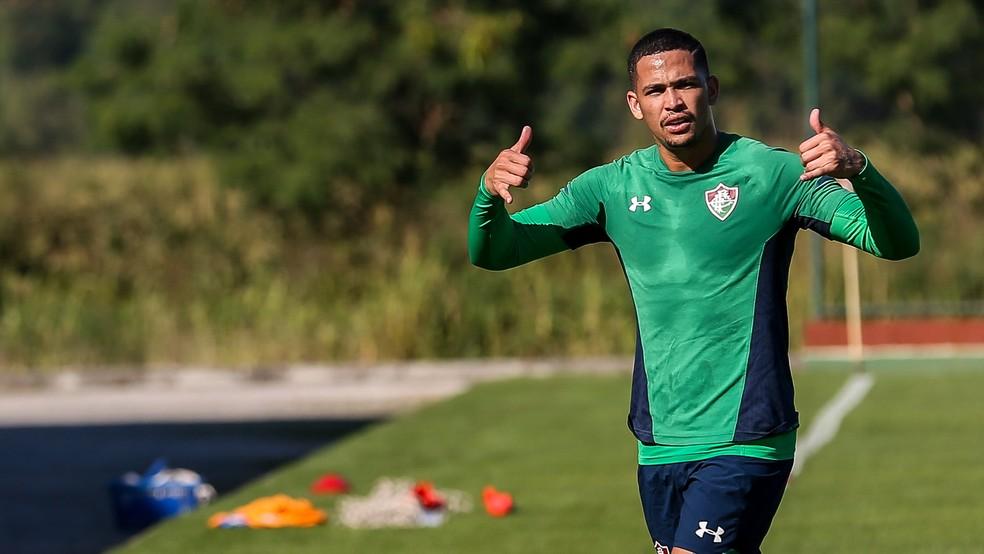 Luciano, atacante do Fluminense, está sendo analisado pelo Tricolor paulista — Foto: Lucas Merçon