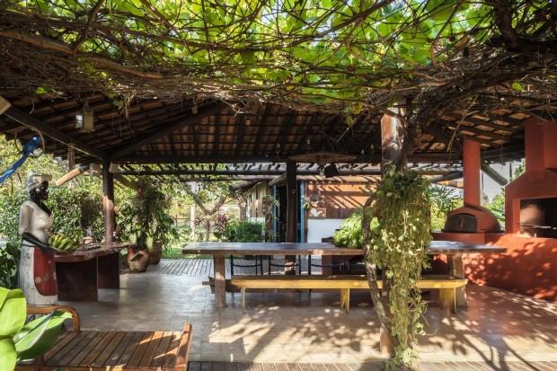 Casa de fazenda, em Feira de Santana. Projeto de Gilberbet e Cristina Chaves (Foto: Victor Affaro / Editora Globo)