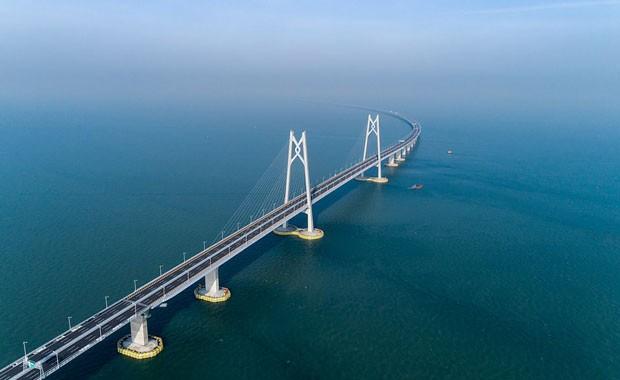 Maior ponte marítima do mundo é inaugurada na China (Foto: Getty Images)