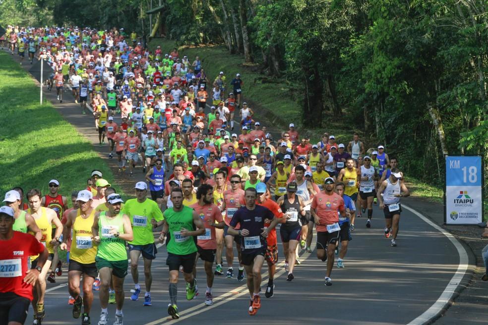 Meia Maratona das Cataratas será no dia 10 de junho com percurso de 21km e 8km (Foto: divulgação)