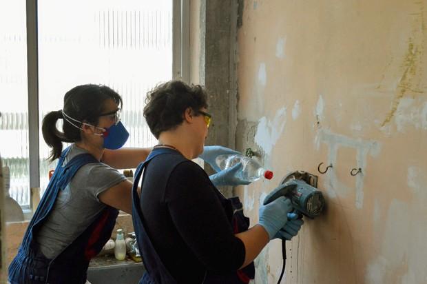 De mulheres para mulheres: elas fazem reparos e reformas na sua casa!
