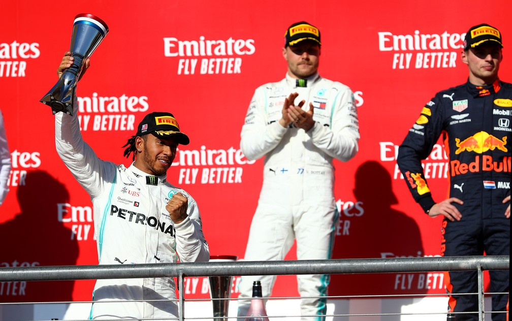 Hamilton, Bottas e Verstappen no pódio em Austin — Foto: Getty Images