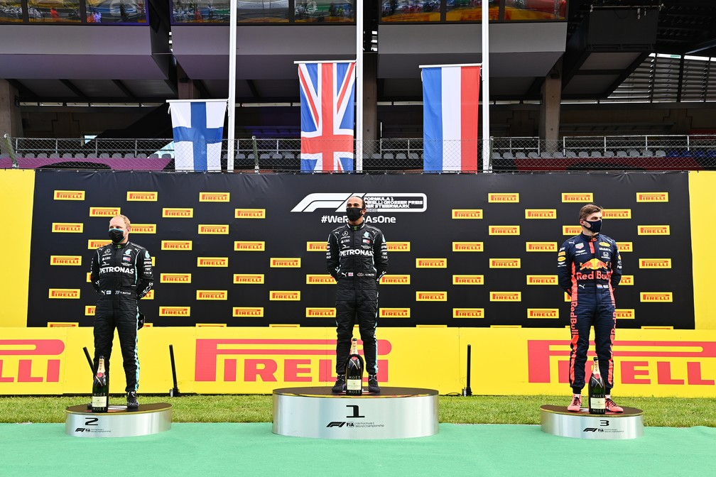 Bottas, Hamilton e Verstappen no pódio do GP da Estíria — Foto: Getty Images