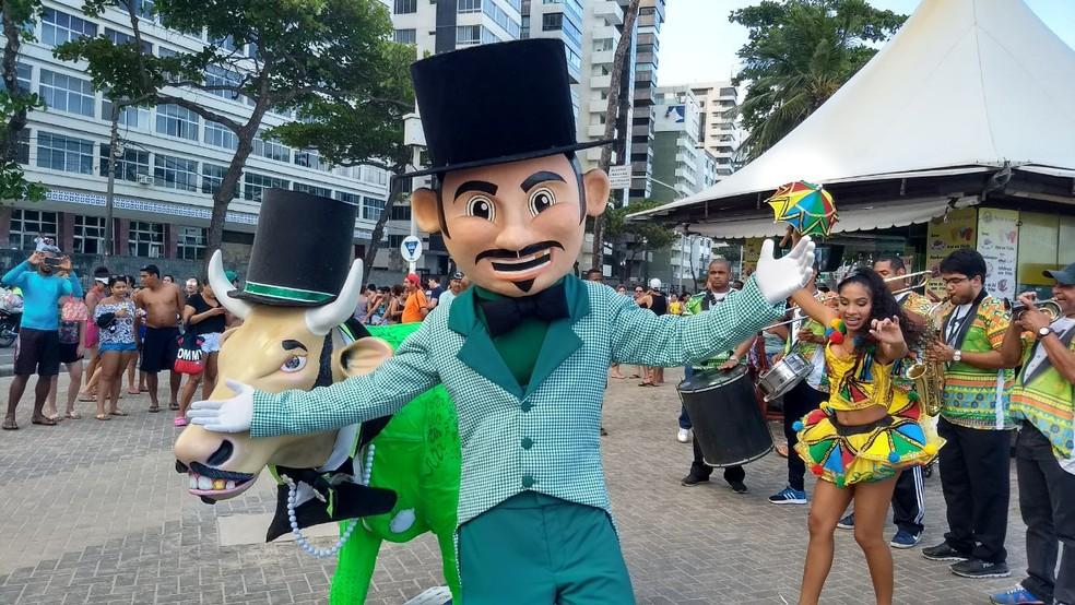 Encontro também teve o objetivo de convidar o público para o aniversário do Calunguinha (Foto: Wanessa Andrade/GloboNews)