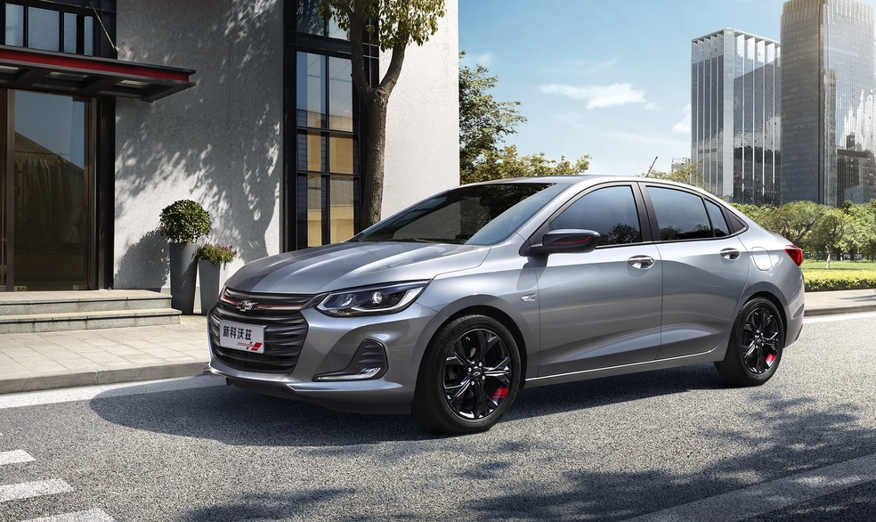 Nova geração do Prisma chama Onix na China — Foto: Chevrolet/Divulgação