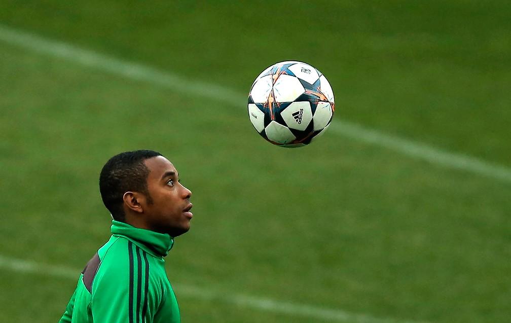 Robinho na passagem pelo Milan — Foto: AP