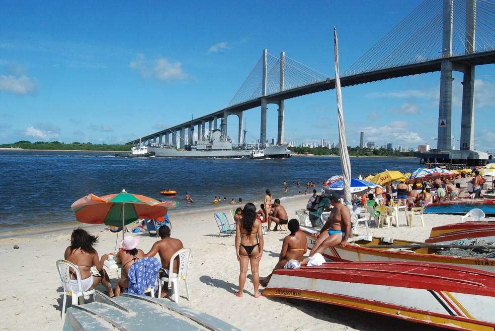 Projeto de construção do Terminal Turístico vai transformar a praia da Redinha em uma nova e mais estruturada área de lazer — Foto: João Maria Teixeira