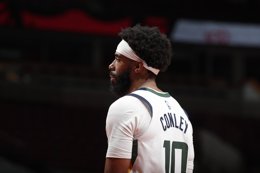 O retorno de Mike Conley foi importante para o Jazz — Foto: Jeff Haynes/NBAE via Getty Images