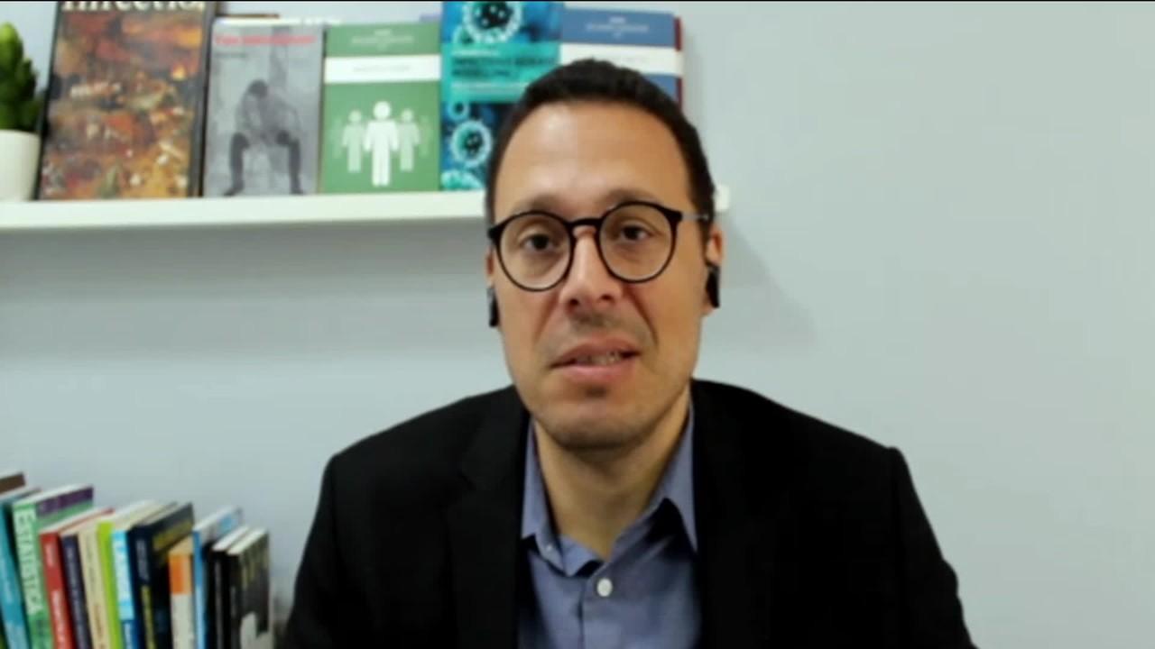 Julio Croda pede cautela sobre pesquisas com vacinas: 'cuidado com as expectativas'