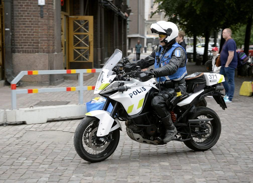Polícia faz buscas após ataque em Turku (Foto: LEHTIKUVA/Linda Manner via REUTERS )